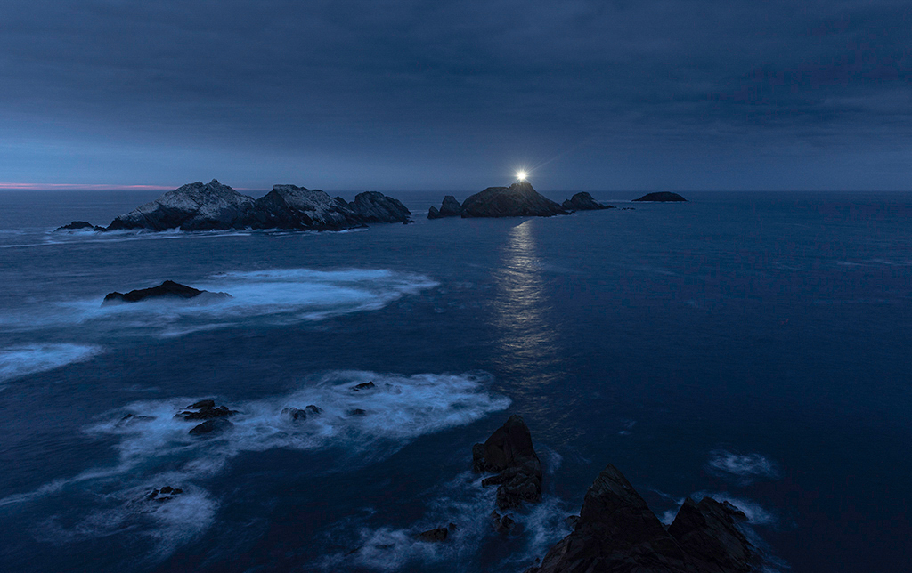10-KM-Muckle Flugga at night