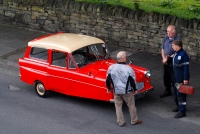 05_RT_RELIANT ROBIN AND THREE SERIOUS MEN